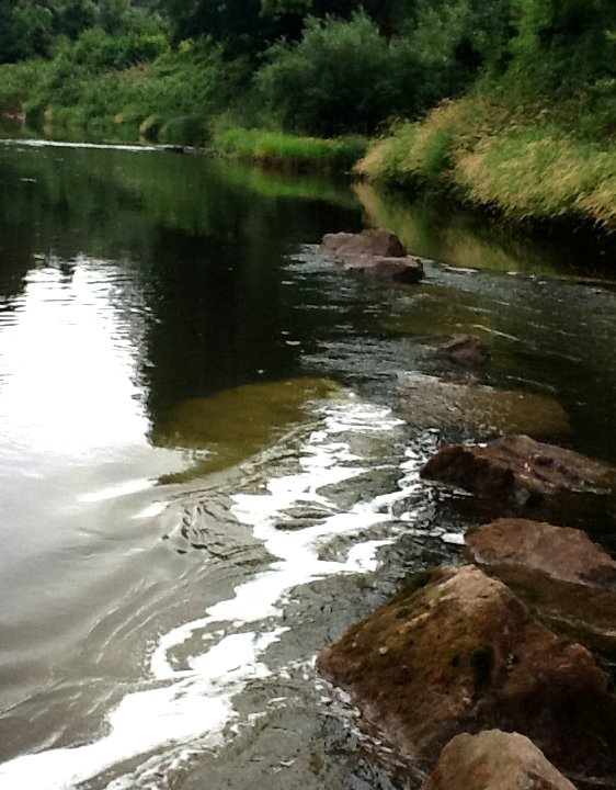 Has the right to navigate on the Wye downstream of Hay resulted in a cleaner river?